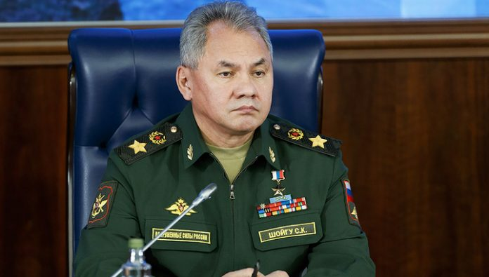 Coronavirus, a Parade and an open sky. Shoigu talked with his us counterpart