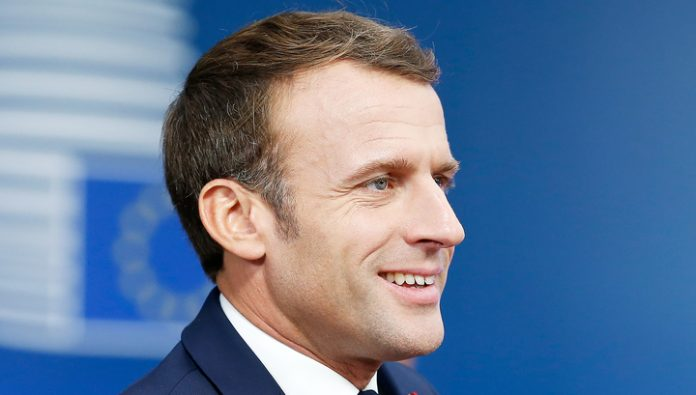 Macron announced a visit to Russia