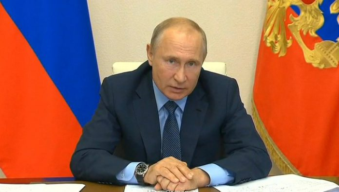 The ventilator, the bed, the Observatory: Putin urged to curb infection