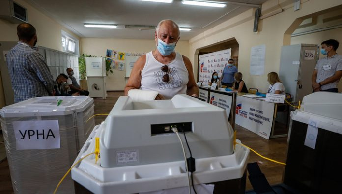In Amur oblast, Zabaykalsky Krai and Yakutia voting came to an end