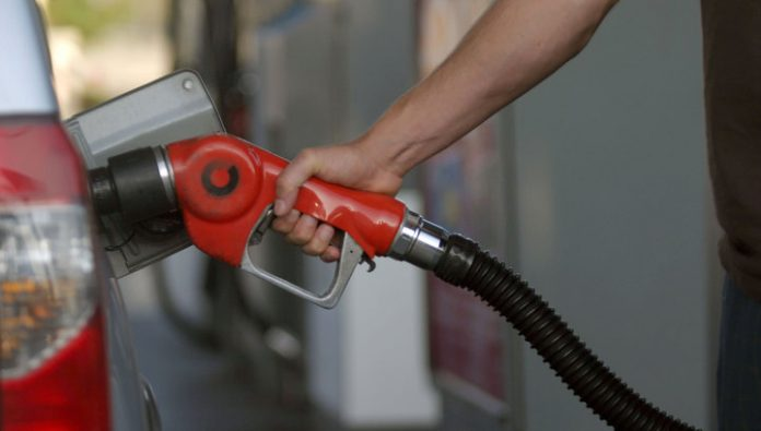 The government did not support the idea of free prices at the gas station